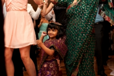 Bhangra41 Little girl and mum Bollywood dance