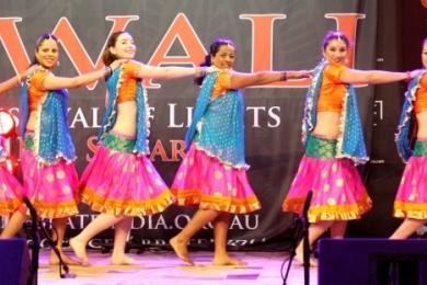 Diw Team of Ignite Bollywood dancers at Diwali 2