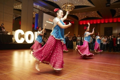 Stunning Bollywood dancers at Crown Palladium