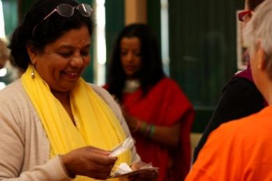 Vic Seniors put on bindis before bollywood dance
